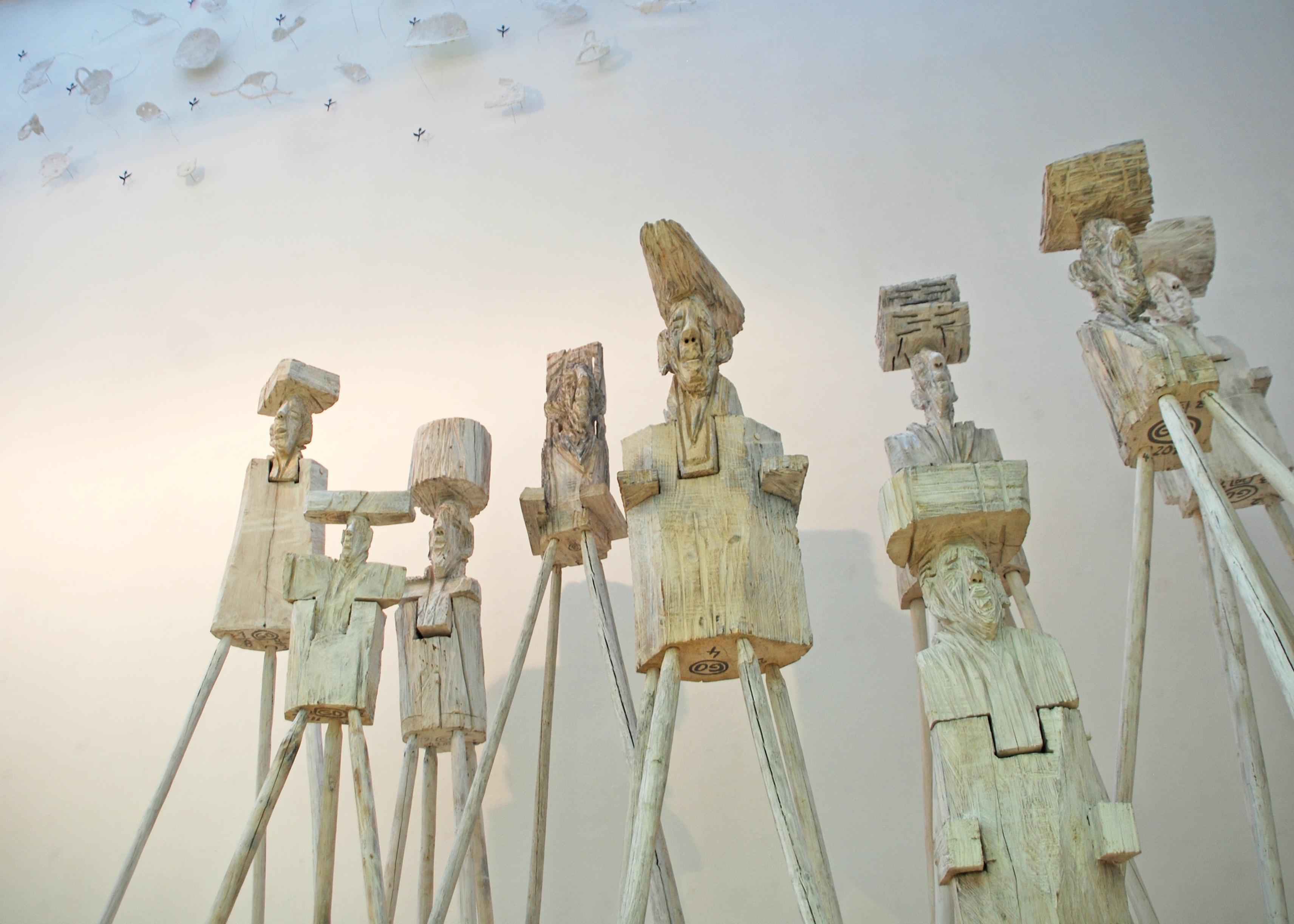 Hochsitzer vor SchneeschmelzeStädt. Galerie Tuttlingen, 2013